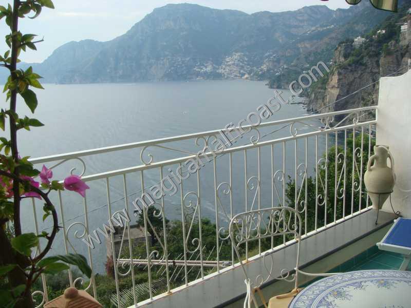 Foto affitto monolocale mare praiano for Monolocale salerno affitto arredato