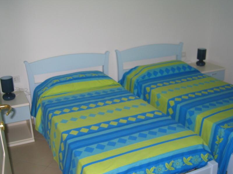 affitto appartamento mare la maddalena 6336 (20110408110409-2011-54753-NDP.JPG)