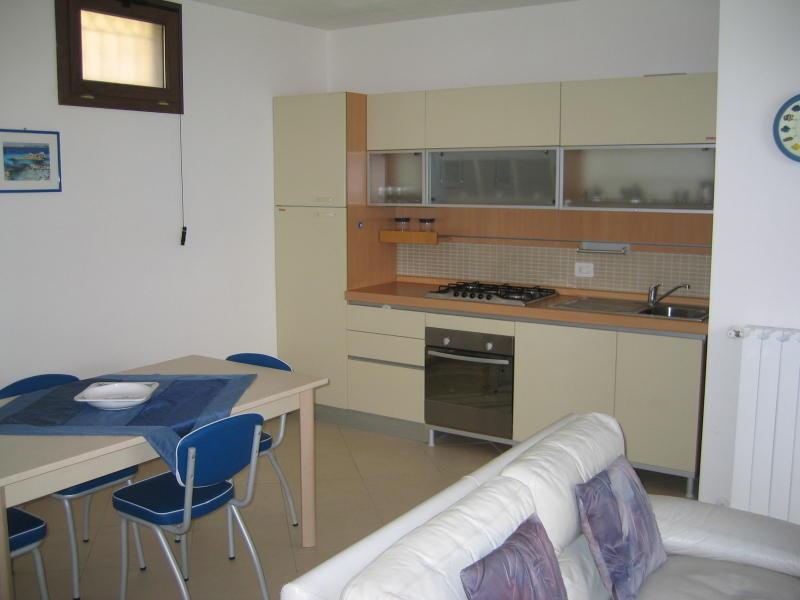 affitto appartamento mare la maddalena 6336 (20110408110412-2011-71459-NDP.JPG)