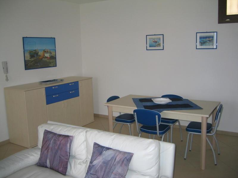 affitto appartamento mare la maddalena 6336 (20110408110420-2011-22694-NDP.JPG)