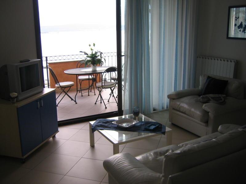affitto appartamento mare la maddalena 6336 (20110408110430-2011-10046-NDP.JPG)