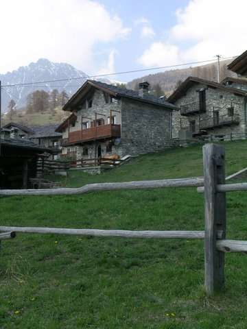 affitto appartamento montagna nus 5471 (20110505060512-2011-21420-NDP.JPG)