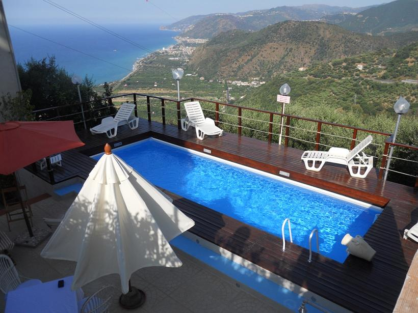 Rent villa seaside capo d'orlando