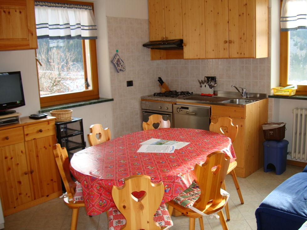 affitto casa vacanze montagna predazzo 1689 (20120512130552-2012-58237-NDP.jpg)