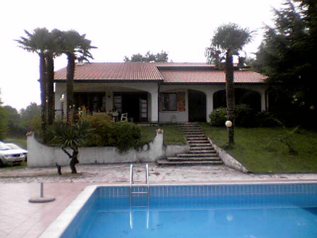 affitto villa lago peschiera del garda 8133 (20130405180458-2013-61749-NDP.jpeg)