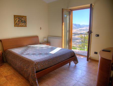 affitto villa montagna gangi 8151 (20130410160443-2013-85109-NDP.JPG)