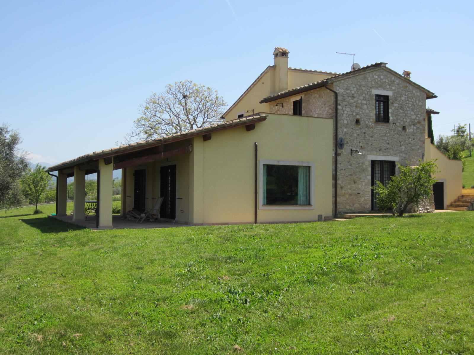 Affitto Casa vacanze Campagna Calvi dell'Umbria