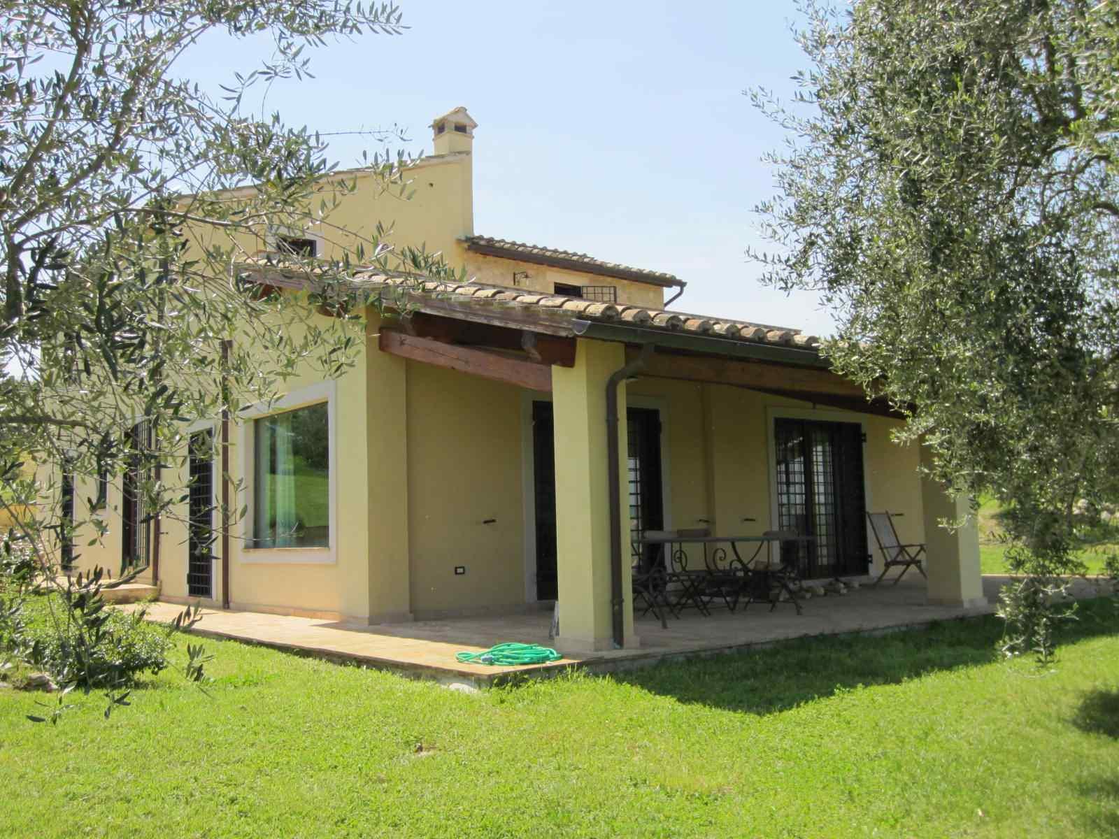 affitto villa campagna calvi dell umbria 8263 (20130708220747-2013-41904-NDP.JPG)