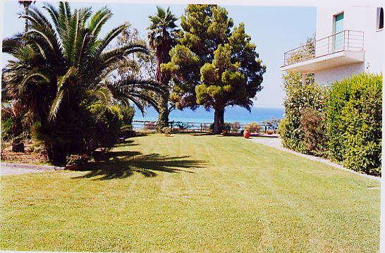 Affitto villa mare longobardi