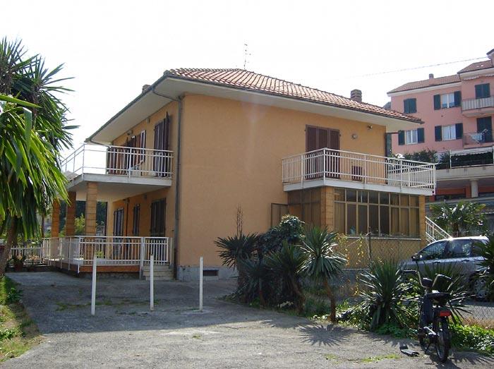 Affitto appartamento mare porto maurizio for Affitto casa porto ottiolu