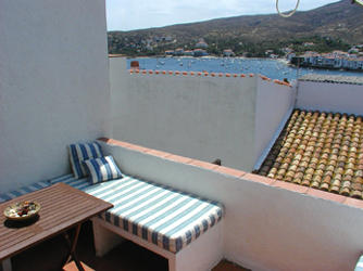 Rent bungalow seaside cadaques